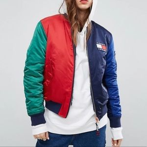 tommy jeans • 90s flag reversible bomber